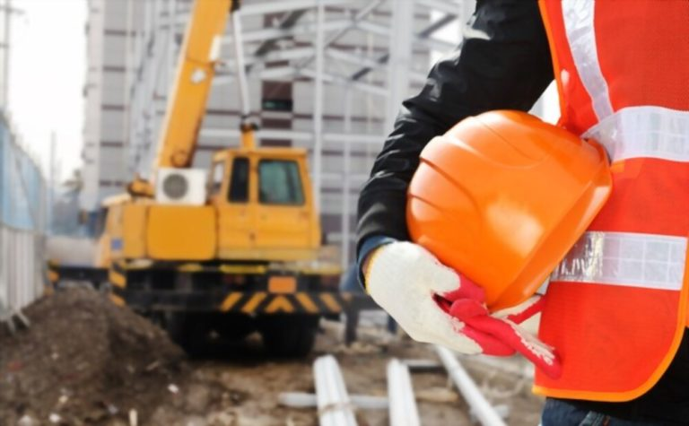 Why is a Safety Wear Essential to Working On-Site